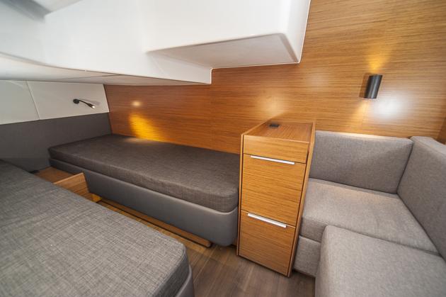 Raumaufteilung: Mehr Sitzplatz in der Achterkajüte. Foto: Dieter Wanke