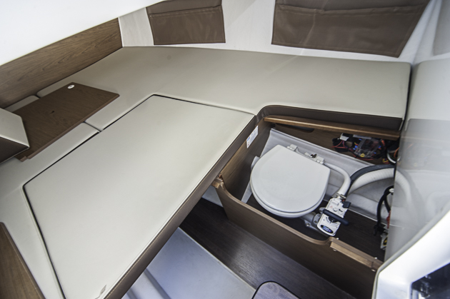 Sehr stilles Örtchen: Wenn die Doppelkoje zur Gänze installiert ist, gibt es keinen Zugang. Foto: Dieter Wanke