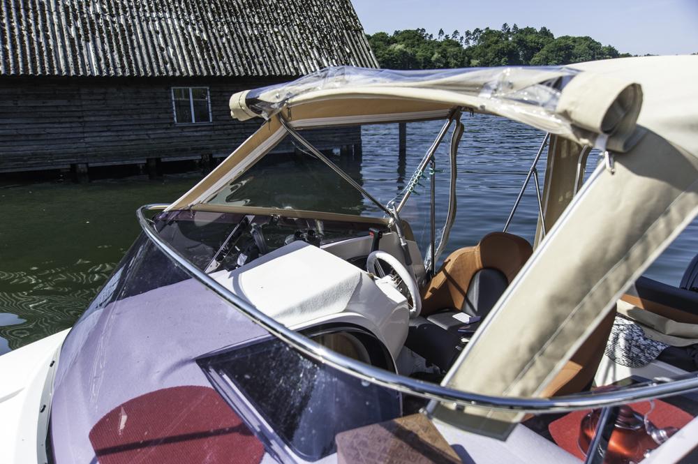 2015 AquaRoyal Cruiser 680-7219