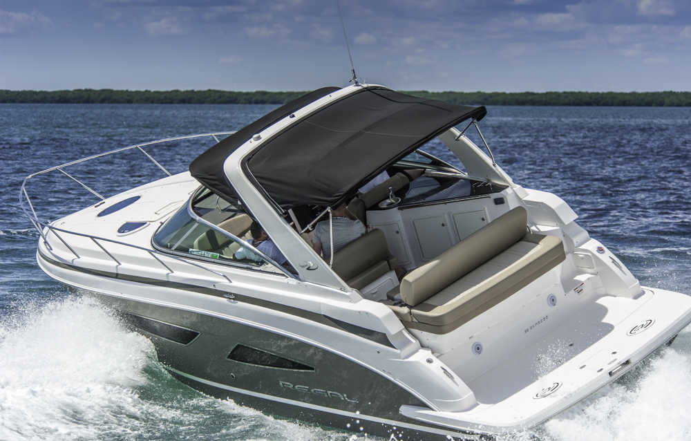 Untadelig: Das Boot zeigte mit der stärkeren Motorisierung beim Test in Florida starke Fahrleistungen und gute Manieren. Foto: Dieter Wanke