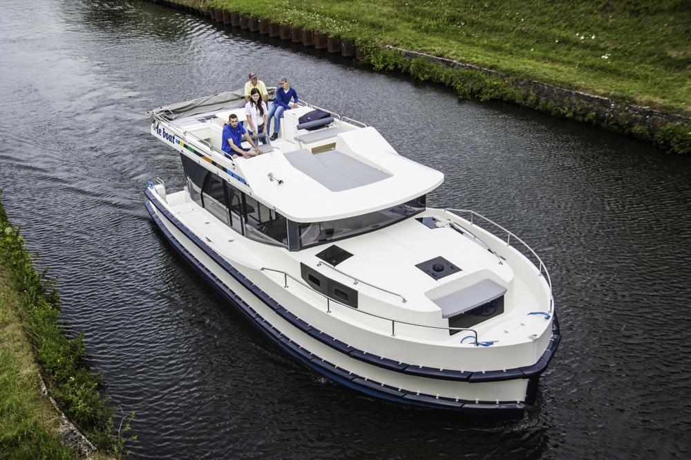 Frische Linien aber kein Stress: Die LeBoat Horizon 1150