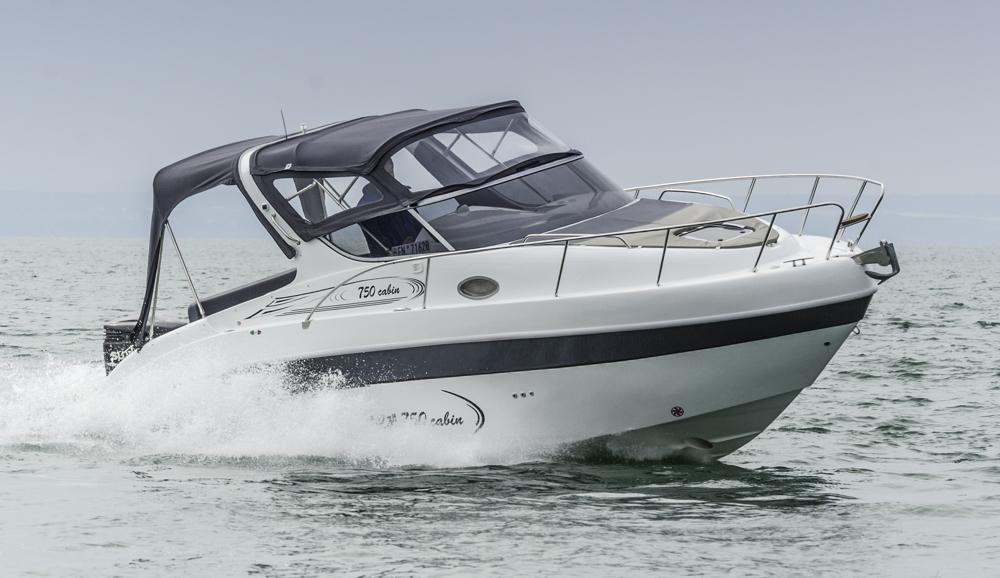 Saver 750 Cabin: Familientauglicher Cruiser mit italienischer Note Foto: boats.com/Wanke