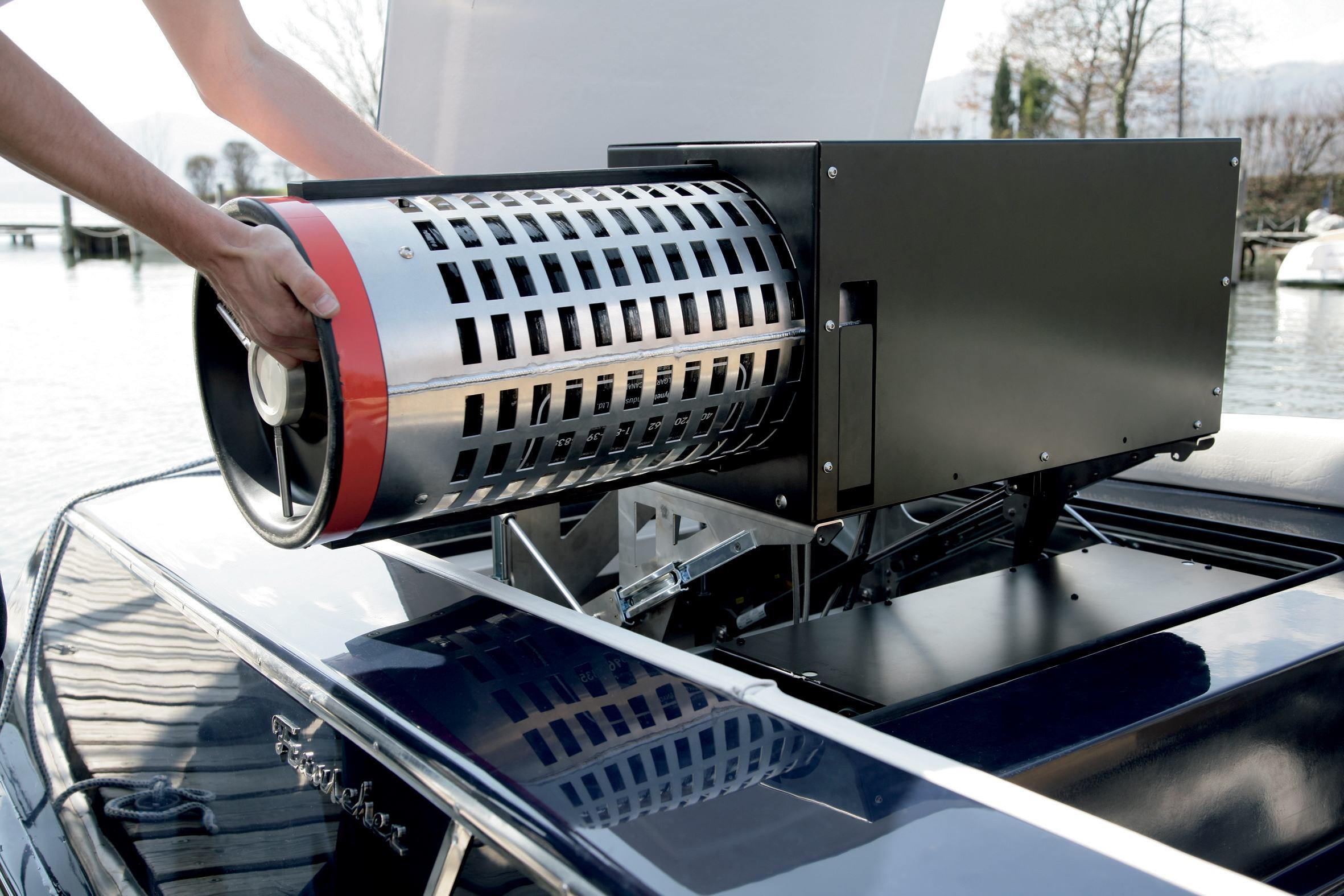 Wasserstoff statt Steckdose:I m Rahmen eines EU-Projekts modifizierte Frauscher ein Riviera-Elektroboot für den Betrieb mit einer Brennstoffzelle.