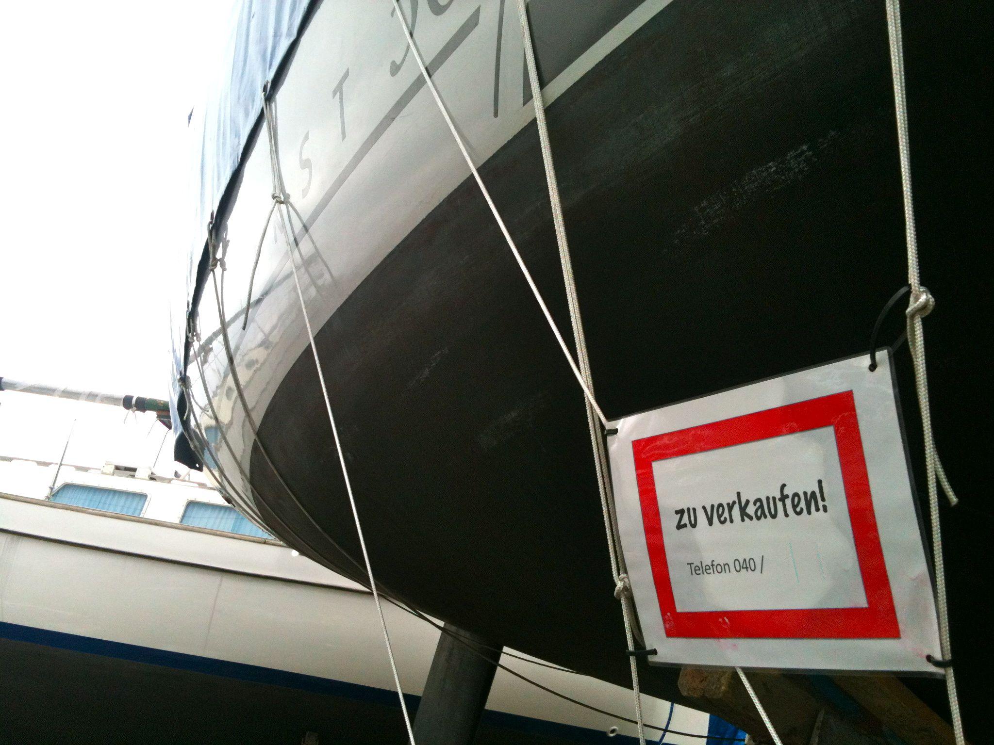 Die Wahrheit steckt beim kauf eines Gebrauchtbootes immer unter der Plane. Foto: Dieter Loibner/boats.com