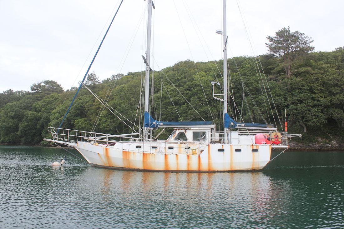 Das Auge kauft:Selbst wenn das Boot noch in gutem Zustand wäre, eine erbärmliche Erscheinung schreckt die meisten potenziellen Käufer ab.